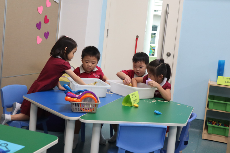 It is with great pleasure that I welcome you to once again to our school. A particular welcome to the new boys and girls and mums and dads.  Read on to find out more